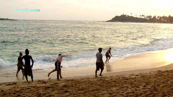 Beach Cricket in Sri Lanka