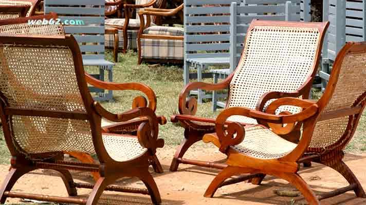 chairs in Sri Lanka