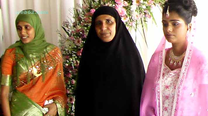 Muslim Ladies in Sri Lanka